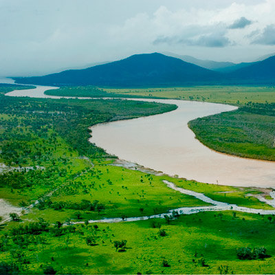 Photo: The Fitzroy River snakes its way towards Rockhampton
